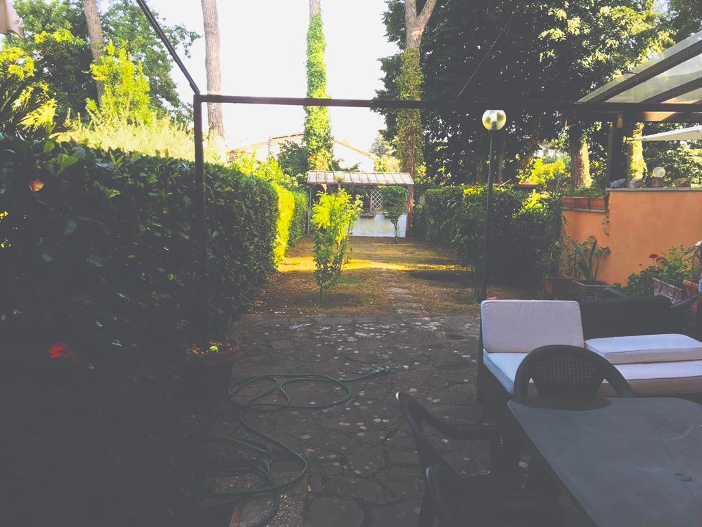 Villetta a Schiera, Capranica